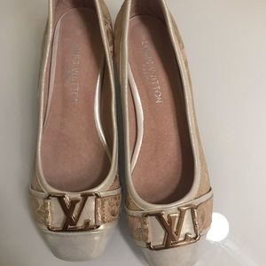 Louis Vuitton beautiful shoes like new